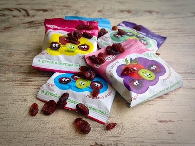 De Scrummies met cranberries en rozijnen verdienen een plek tussen onze gezonde tussendoortjes